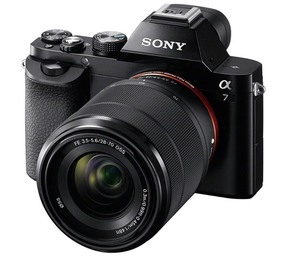 SONY a7 Mirrorless Camera with 28-70 mm f/3.5-5.6 Zoom Lens