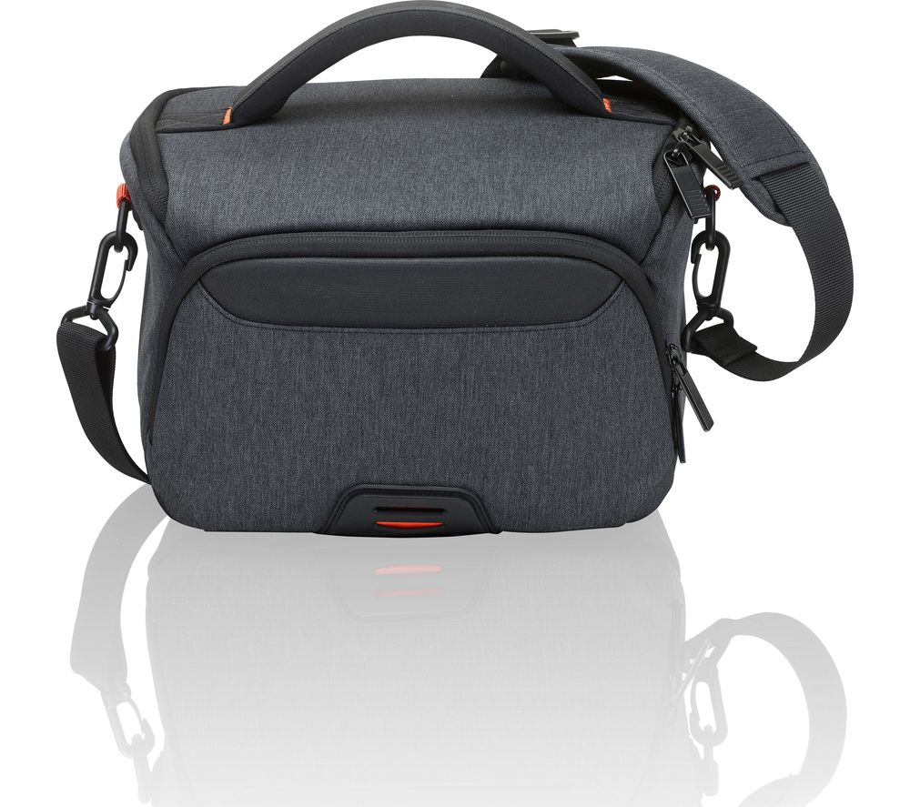 SANDSTROM SCDSLR18 DSLR Camera Bag - Black